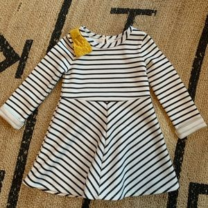 🎉5/20 SALE🎉 Genuine Kids OshKosh B'Gosh Dress